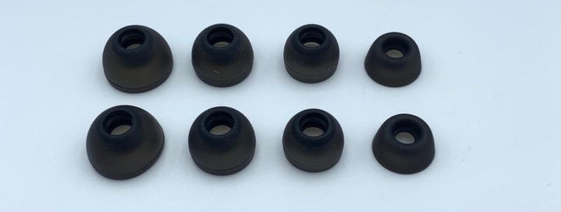 イヤーチップは「XS / S / M / L」の4種類