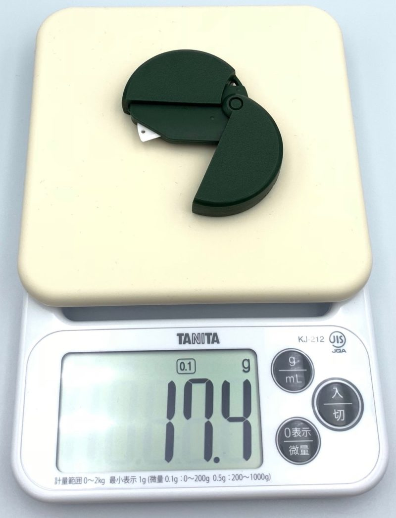 重さは約17.4g