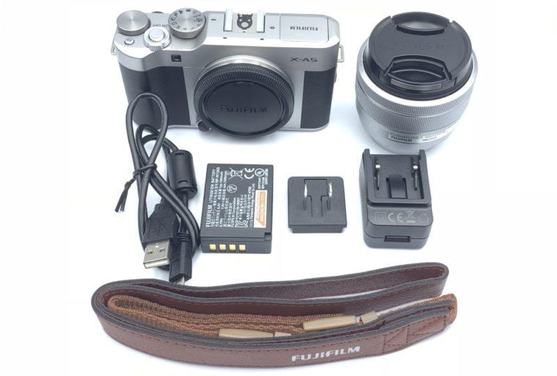 FUJIFILM X-A5の同梱されている付属品