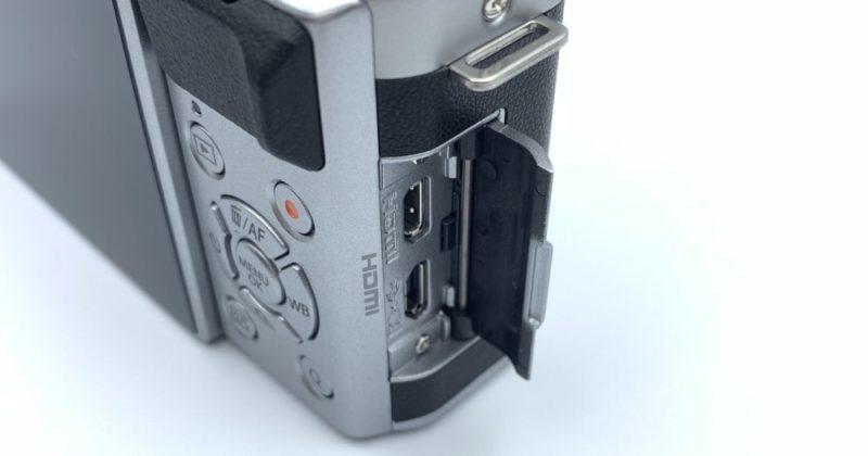 FUJIFILM X-A5のMicro-USB端子とHDMI端子