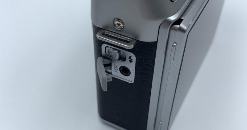 FUJIFILM X-A5の左手側
