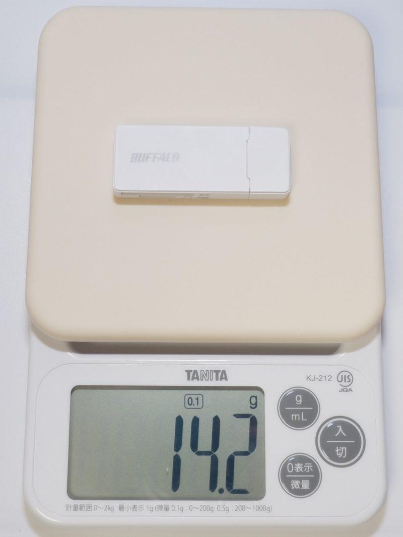 BUFFALO BSCR27U3 の重さは約 14g