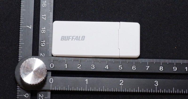 BUFFALO BSCR27U3 のキャップを付けた状態での大きさ