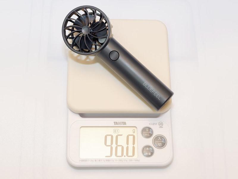 本体の重さは約96g