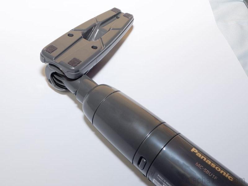 床用ノズルは延長管を付けなくても、本体に直接取り付けることもできます。