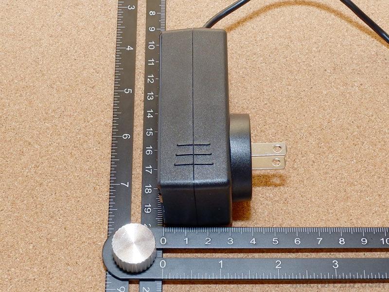 厚さは、4cm