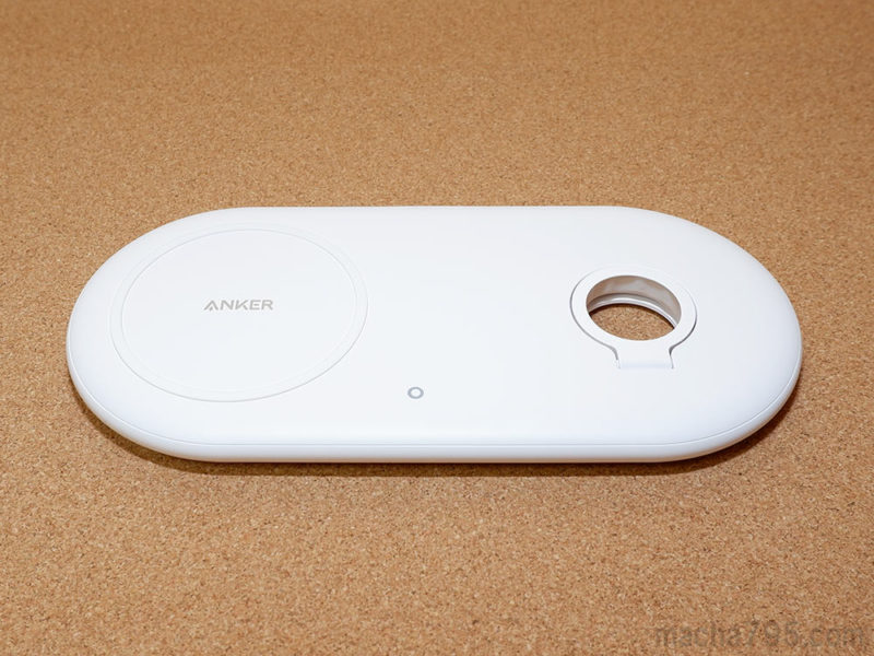 Anker PowerWave+ Pad with Watch Holderの外観