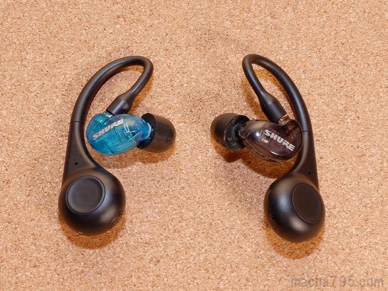 SE215イヤホンもワイヤレスアダプタに接続できて音楽が聴けました。