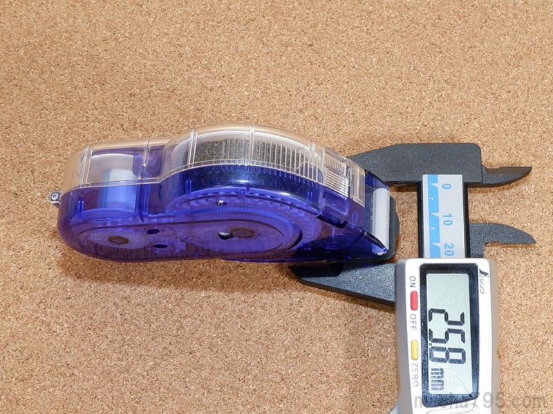 テープの幅は1.5cmですが、本体の太さは約2.6cmです。