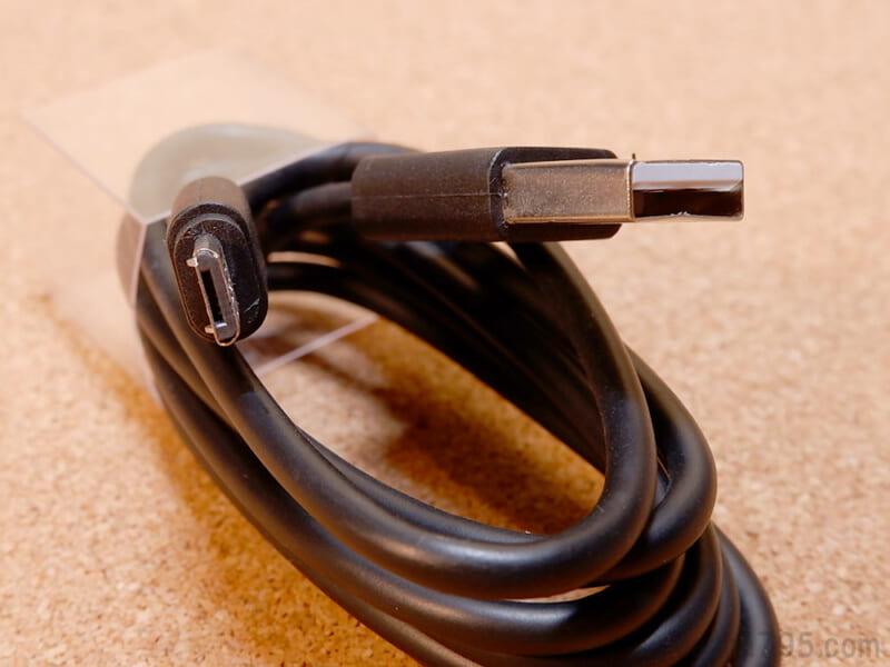 100cmと長めのMicro USBケーブル