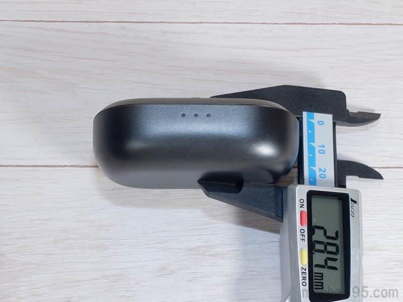 高さ(厚さ)は約2.8cm